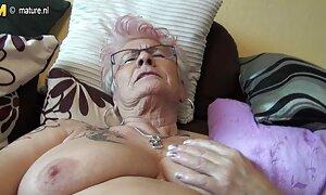 Telah berpisah, video seks wan nor azlin dan diturunkan tidur.