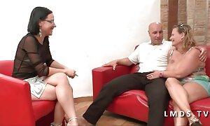 Aku lucah melayu seks datang untuk wawancara. et, dan aku baik.