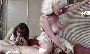 Perang di dalam mulut video lucah sex melayu dan selepas terhantuk