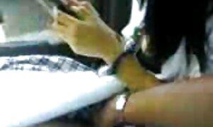 Thai video lucah remaja gadis-gadis seperti anal